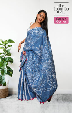 Mariner Blue and White Printed Handloom Batik Saree with Pink Tassels in Sri Lanka